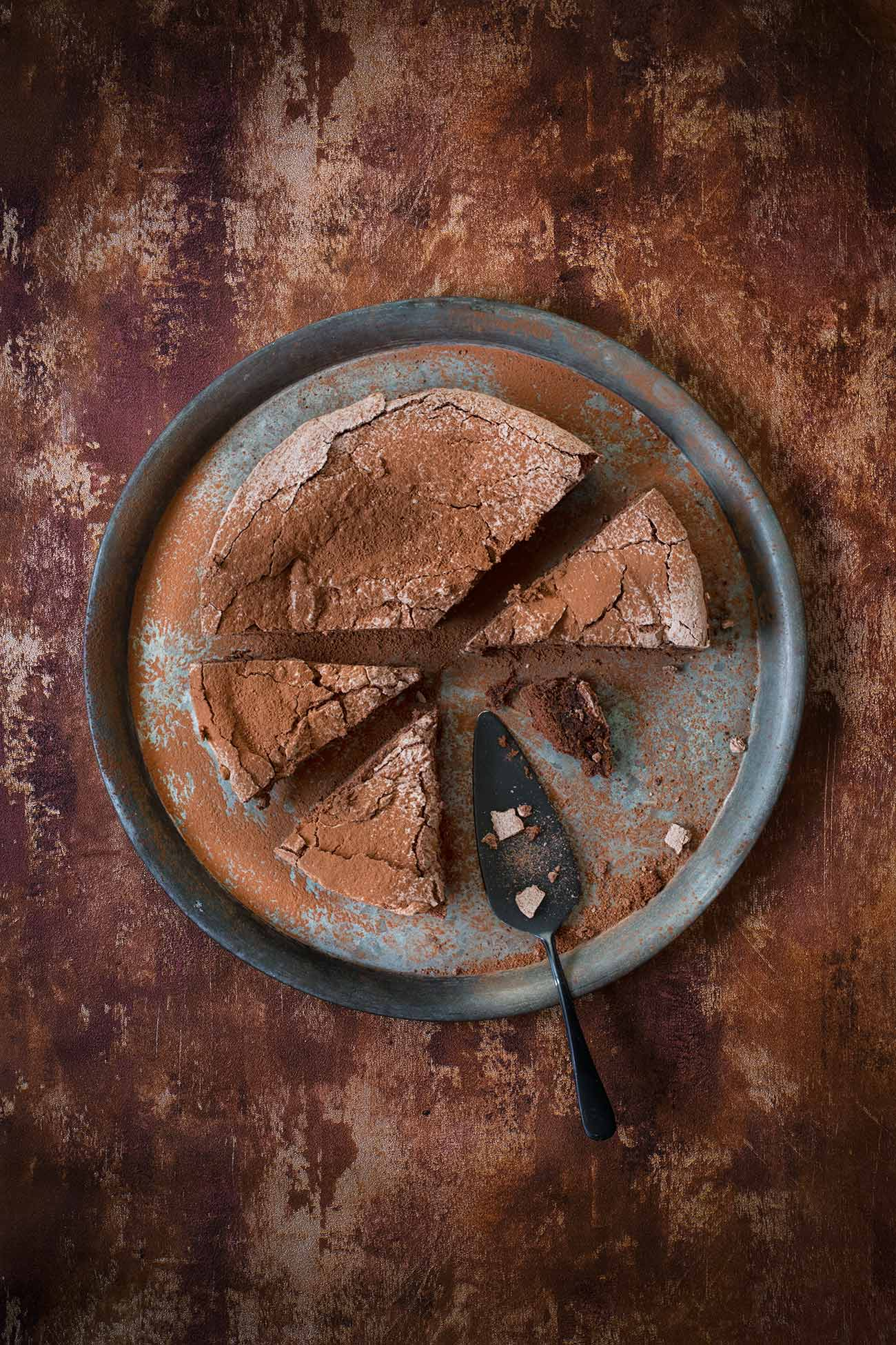 Schokoladen-Meringue Kuchen