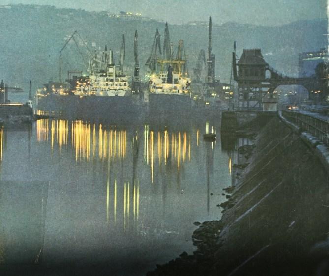El cargadero de Olabeaga. (Memoria del Puerto de Bilbao, 1978. Colección Antonio Hernández)