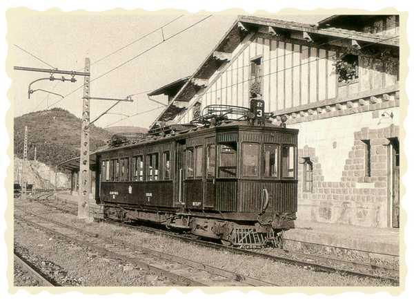 Ferrocarril del Urola, estación de Zumaia. Foto: Bertan.gipuzkoakultura.net