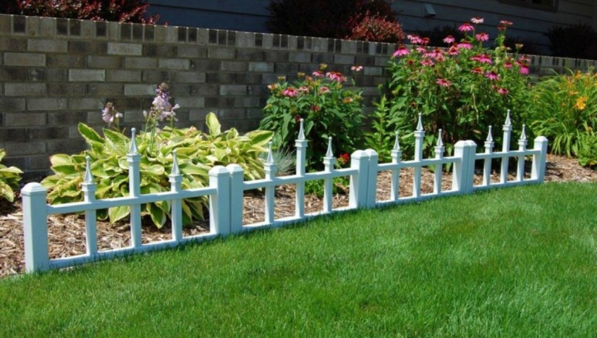 Enhance-Your-Yard-With-Low-Fence.jpg (848×480)