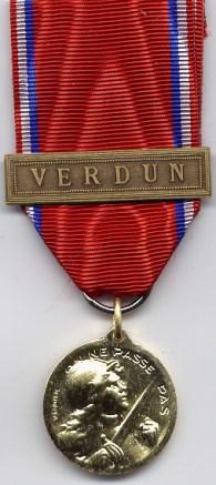 Medal of Verdun, original Vernier version, awarded to Lieutenant Glenn A. Ross.