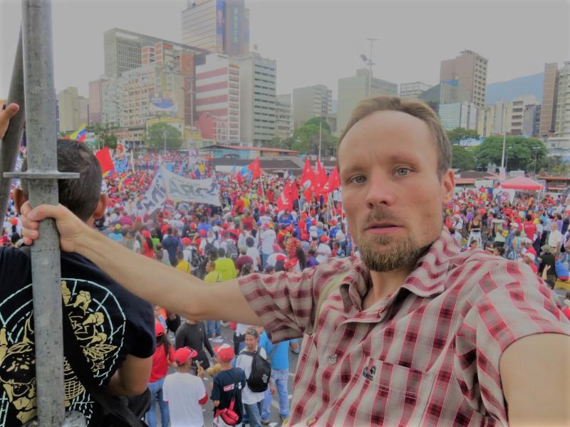 Freiheit für Billy Six – Journalismus ist kein Verbrechen!