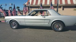 Silver_Mustang_Leaving