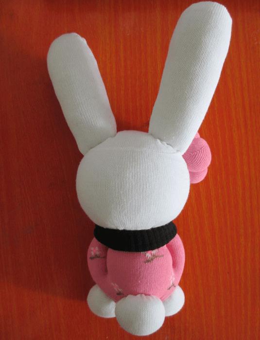 conejo con calcetines 6