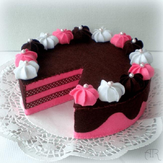 Pastel de fresa y chocolate en fieltro - Patrones gratis
