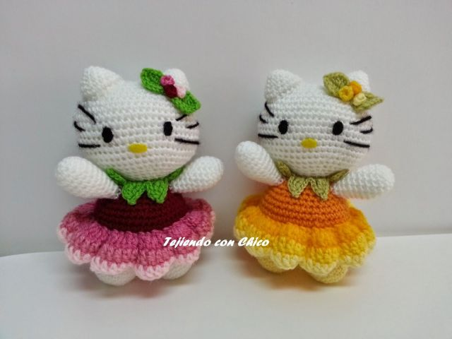 hello kitty vestidas de flor