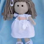 Muñeca comunión amigurumi