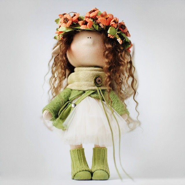 muñeca rusa corona flores (1)