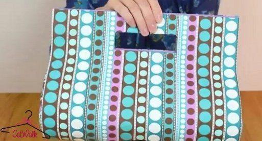 Bolso de mano de cartón