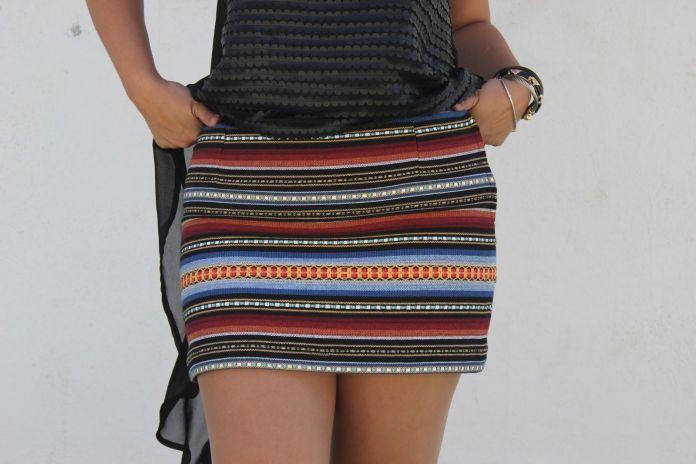 mini falda étnica
