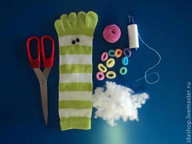 gusanito calcetin 1