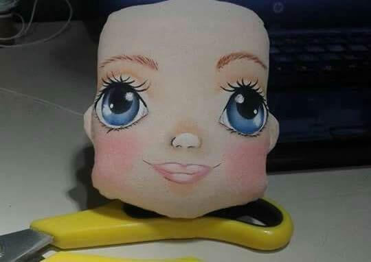 pintar cara de muñecas