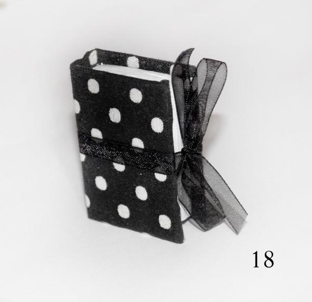 Mini Block colgante 18