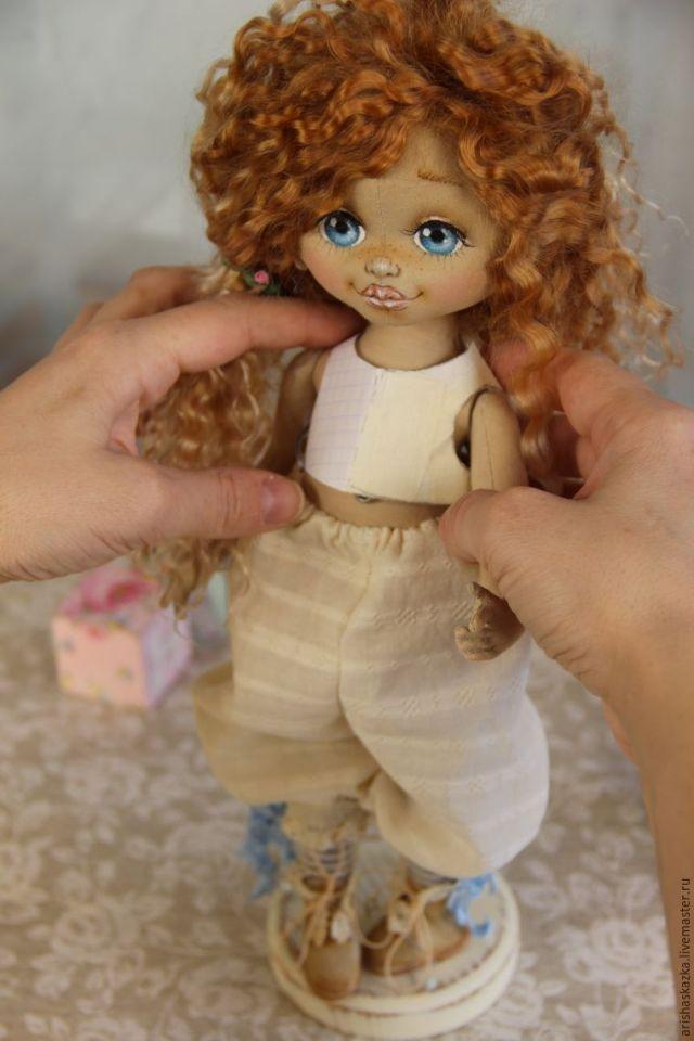 corpiño muñeca 16