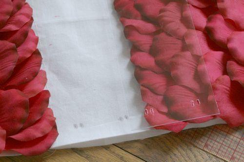 bolsos de piel y petalos (16)