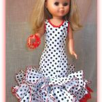 Patrón y DIY para hacer un traje de flamenca para la muñeca Nancy