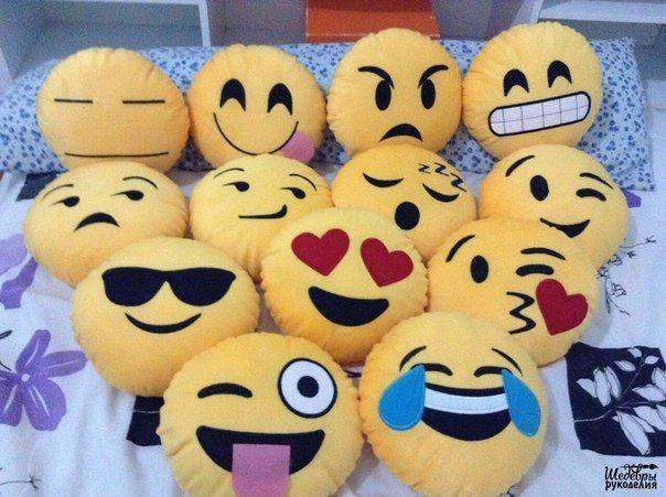 Moldes para hacer cojines o almohadas emoticones   Patrones gratis