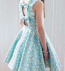 Vestido para niña con lazos en escote de la espalda bf48866f61b