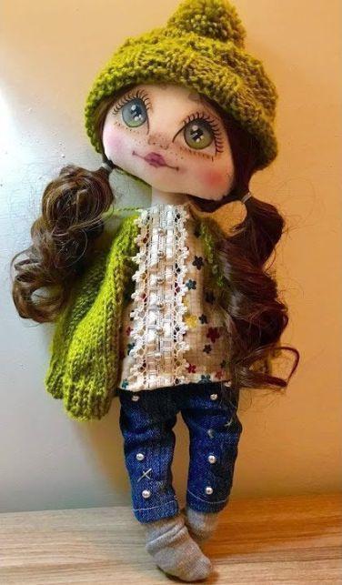 Pantalón vaquero y blusa de muñeca