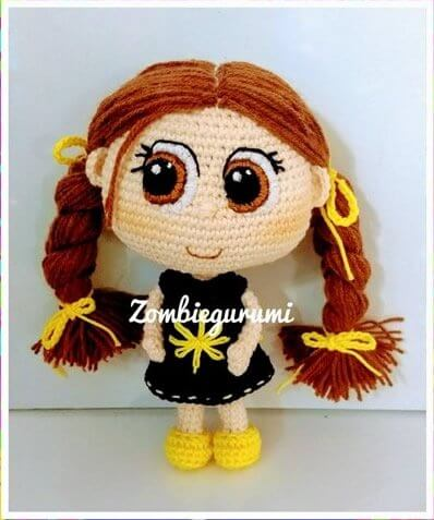 Muñeca amigurumi Tinga patrón gratis