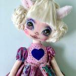 Muñeca de tela Gata Zoe DIY y patrones gratis