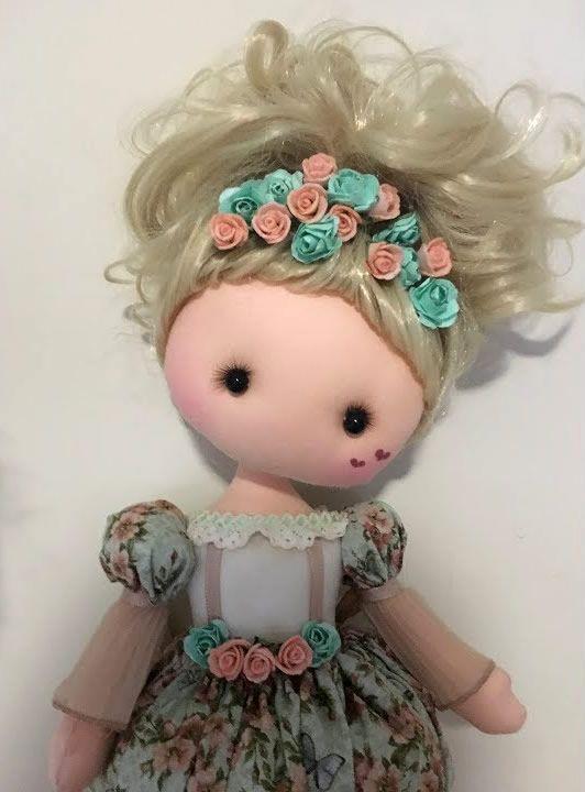 DIY y patrones gratis de Muñeca de tela Luz