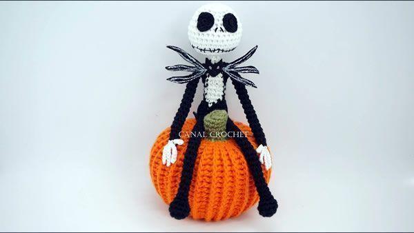 DIY Jack Skeleton amigurumi