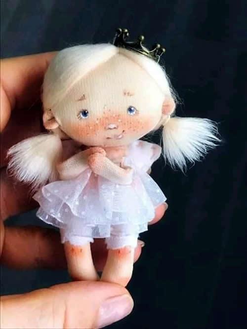 Patrón de Mini muñeca
