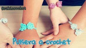 Pulsera de la amistad tejida a crochet