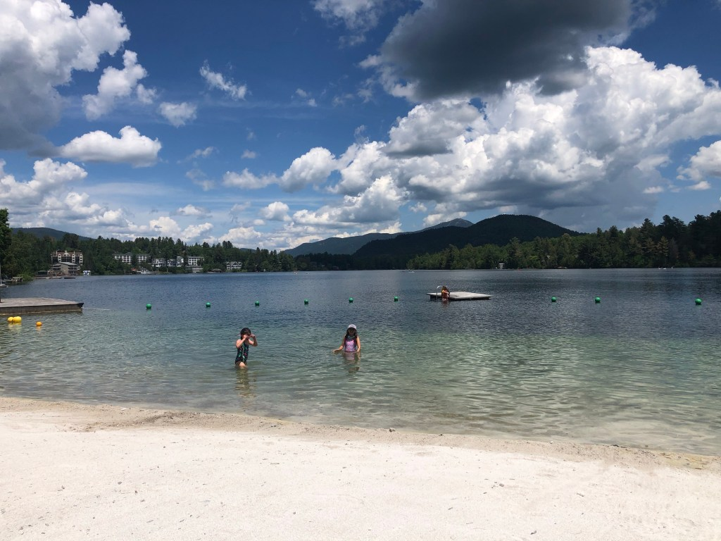 Golden Arrow Lakeside Resort - Lake Placid NY #lakeplacid #goldenarrowLP #adirondacks #upstateNY #familytravel #familyfriendlyresort #mirrorlake #familyvacation #lakeplacidhotel #adirondackhotel