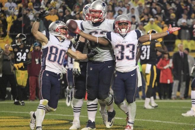 Best Of Social Media: Week 15 Patriots vs Steelers