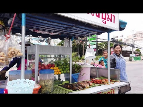 Pattaya Street Food Vendors in Jomtien Beach