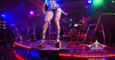 Russian Ladies strip dance Pattaya Strolling Avenue