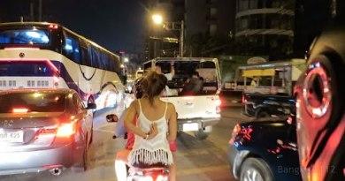 Pattaya Motorcycle Wander – Jomtien to Strolling Side road – 2015