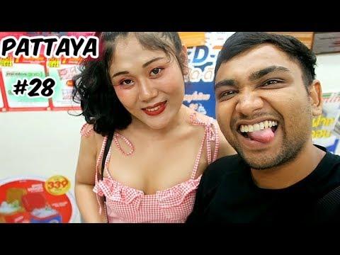 Why Indians Scuttle to Pattaya | Pattaya Thailand NIghtlife | Walking Facet highway 2019 | Ketan Singh Vlogs #28