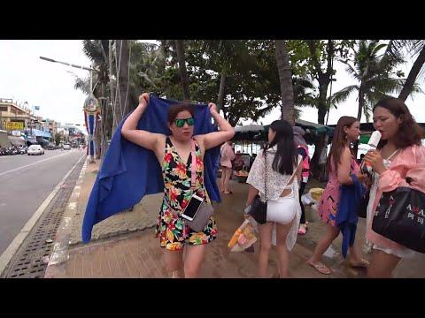 Pattaya Sea trek Avenue – The attach are the vacationers?