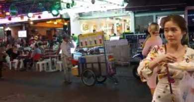 Bangkok or Pattaya Thailand Nightlife ladies folks looking at asian bar occasion video khao san toll road 2