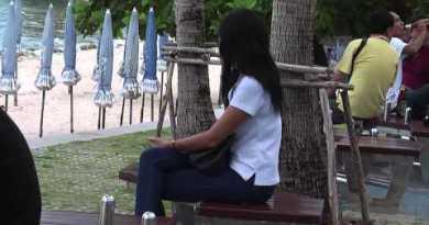 Ladies at Pattaya seashore dwell 2014