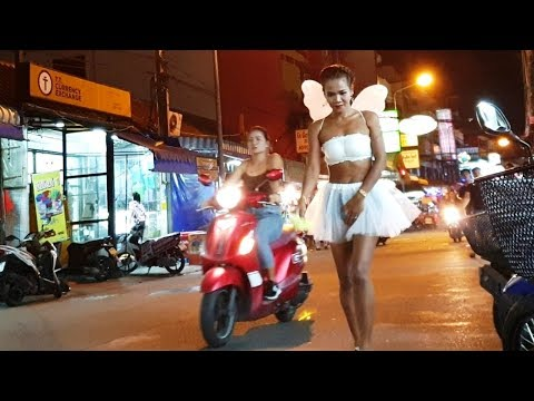 Road Angels – Day and Night in Pattaya Metropolis Thailand