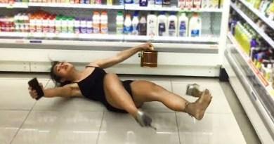 Girl collapses. Pattaya Nightlife, Walking Street Thailand, Vlog#6