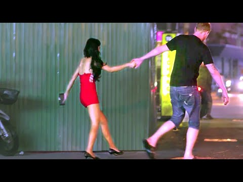 Pattaya Walking Avenue – A whole bunch Drama… [Reupload]