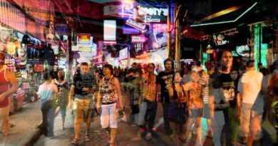 Pattaya Walking Road Nightlife Mix