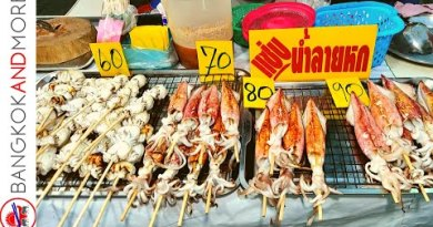 SEAFOOD BBQ in the Streets of Pattaya