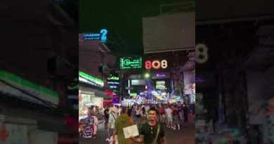 Evening stroll in Pattaya, Thailand