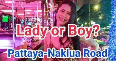 I met an extremely aesthetic girl on Pattaya-Naklua avenue, Thailand