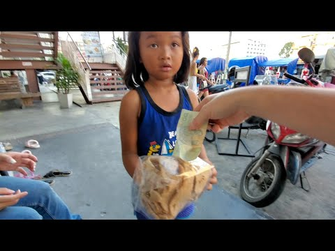 CUTEST LITTLE GIRL Sells Thai Snacks in PATTAYA THAILAND 4K