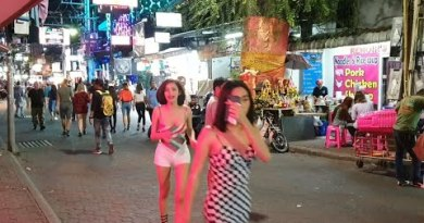 PATTAYA – TIMES ARE CHANGING – Walking Avenue – Soi 6 – Soi Made in Thailand – Pattaya Nightlife