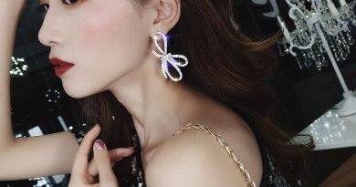 Exknl Fashion Stud Earrings for Women Wedding Party Bowknot Crystal Rhinestone Silver Color Big Earrings Women Jewelry 2020