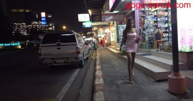 Walking the Second Street at Evening – Slack February 2020 Pattaya