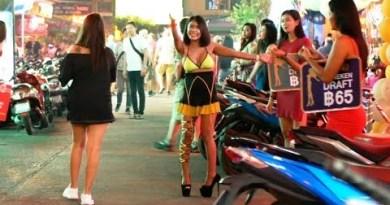 Evening Time Scenes – Pattaya Thailand – WS / LK Metro / Buakhao